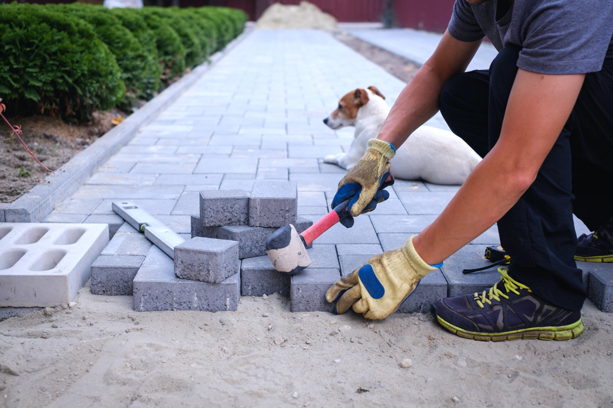 3 Steps to Getting Pavers Installed
