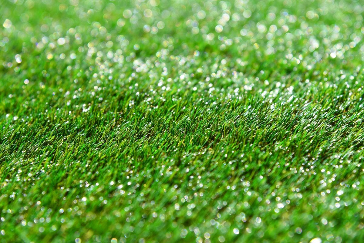 advantages and disadvantages of artificial turf